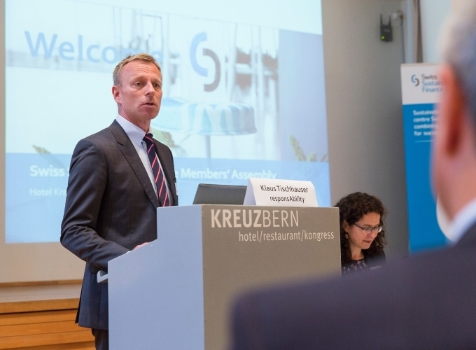 Klaus Tischhauser thanks the assembly for their support during his presidency