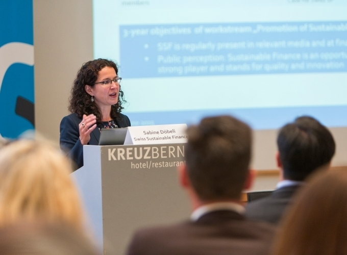 Sabine Döbeli (CEO SSF) gives the 2014/2015 update