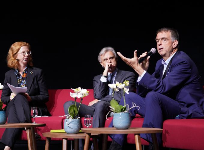 Panel with Jean-Marc Duvoisin, CEO, Nespresso and André Hoffmann, Vice Chairman, Roche