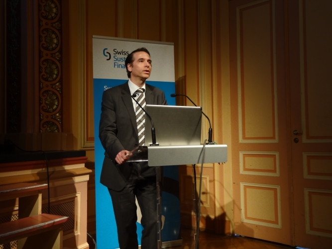 Frédéric Berney, Workgroup leader and CRO BlueOrchard, presents results